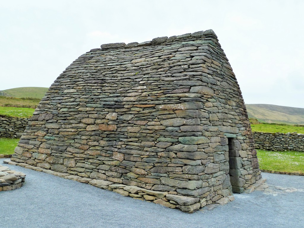 Gallorus Oratory - Dingle Penninsula S W Ireland